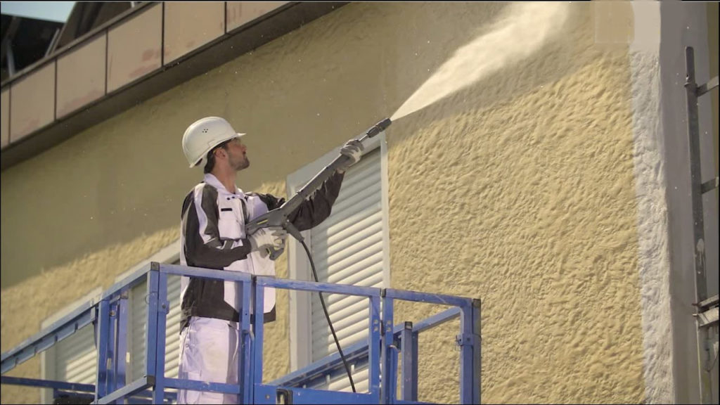 lavar fachada con hidro limpiadora
